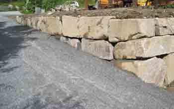 oppsetting av steinmur